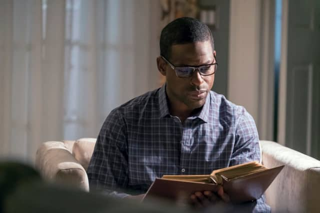 """Randall Pearson in his Alpine home on """"This Is Us"""" on NBC."""