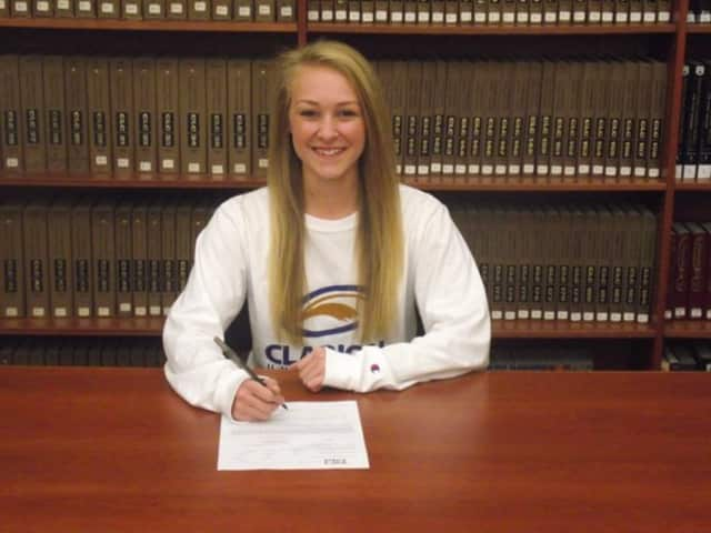 Rutherford High School softball player Natalie Else has signed with Clarion University.