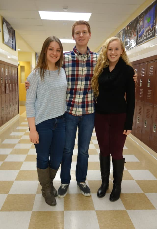 Ossining High School students, Sarah Fendrich, Mathew Forman, and Julia Riley, are among 12 finalists for the 2016 Neuroscience Research Prize.