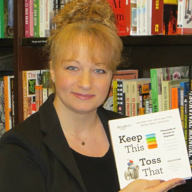 "Jamie Novak will be presenting a program based on her book ""Keep This Toss That"" at the Fort Lee Public Library"