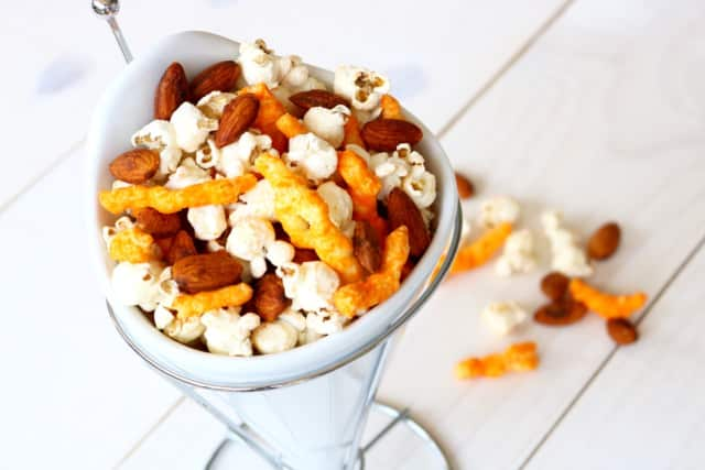 Looking for a healthy, delicious Super Bowl snack? Think outside the chip bag this game day.