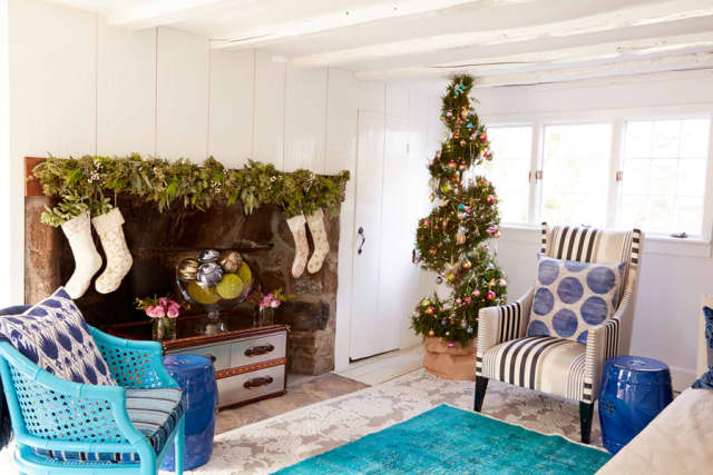 Joanna Buchanan designs add a festive touch to a home's holiday decor.