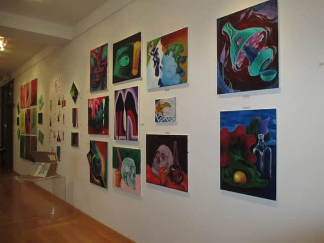 OSilas Gallery is celebrating its 10th anniversary.