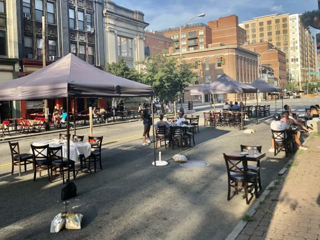 Expanded outdoor dining on 14th Street.