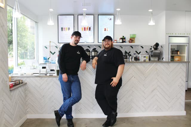 From left, Reldon Caddy and Alvin Edersheim-Haas, partner and founding CEO of HAAS Juice, respectively.