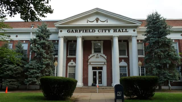 The Garfield City Council approved a new contract for the police department.