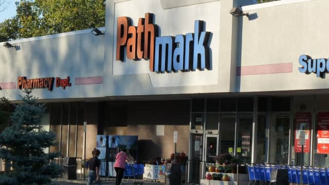 The Fair Lawn Pathmark grocery store will go up for auction again on Thursday.