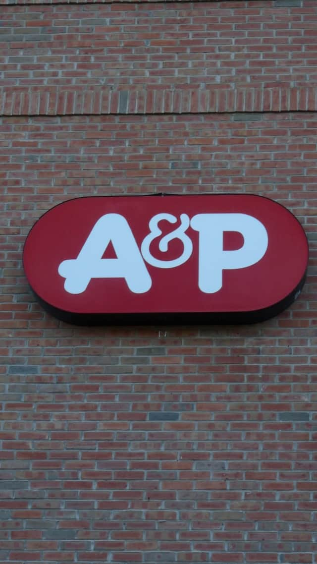 The Yonkers A&P supermarket on Nepperhan Avenue closed for good Wednesday night.