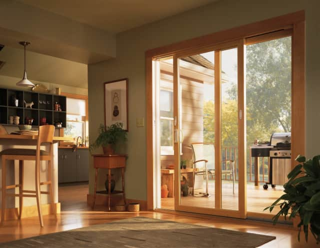 Thanks to Renewal by Andersen's innovative Fibrex® technology, windows are able to last decades longer than traditional wood and vinyl finishes.