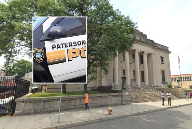 Paterson Main Public Library, Broadway