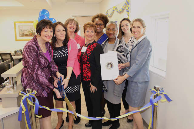 From left to right, Pace Dean Harriet R. Feldman, Karen Martin of UHC, Ellen Rich, Jamie Newland, Andréa Sonenberg. (back row) Lillie M. Shortridge-Baggett, UHC Director Audrey Hoover, and Marykate Aquisto of state Sen. Terrence Murphy's office.
