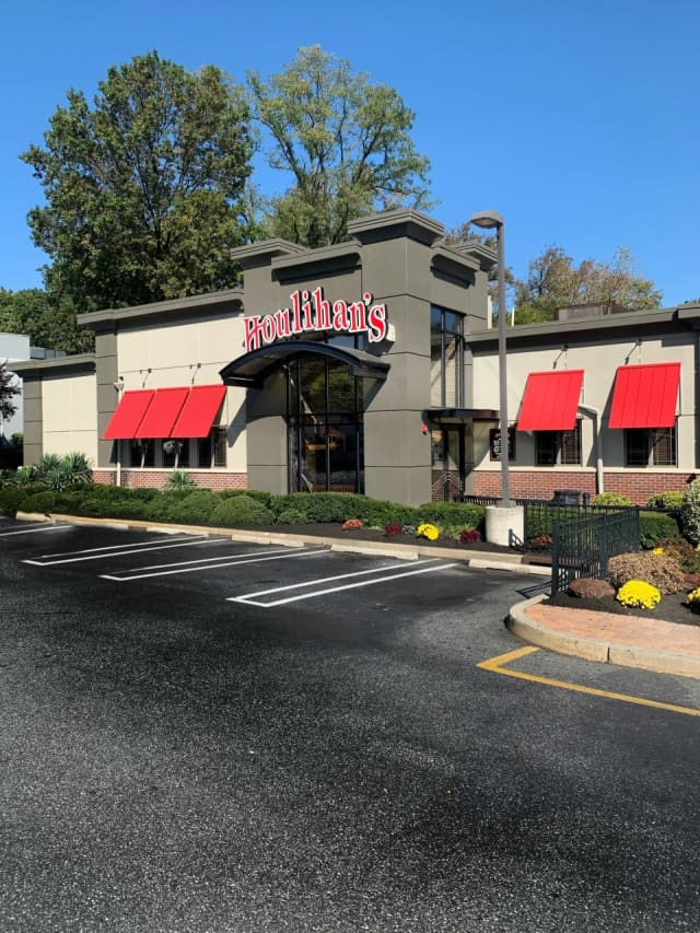 Houlihan's on Route 4 in Paramus.