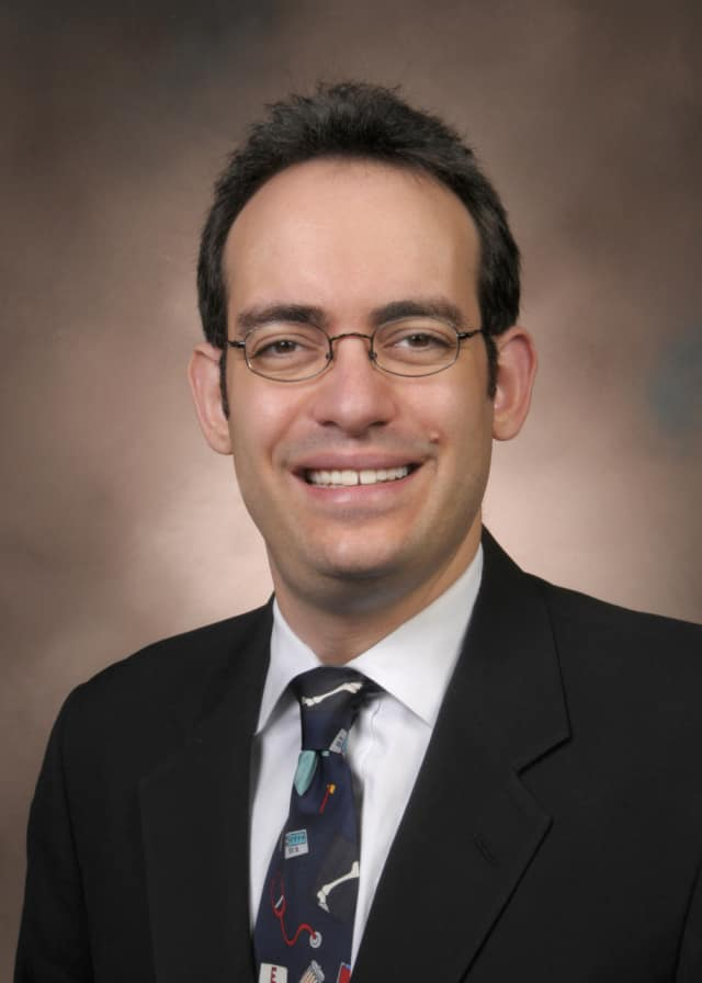 Dr. Paul Pelavin, Pediatric Endocrinologist at Valley Medical Group