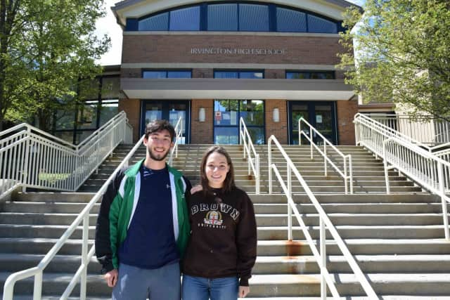 Irvington High School seniors Ryan Meng-Killeen and Zoe Mermelstein have been named the valedictorian and salutatorian, respectively, of the Class of 2017.