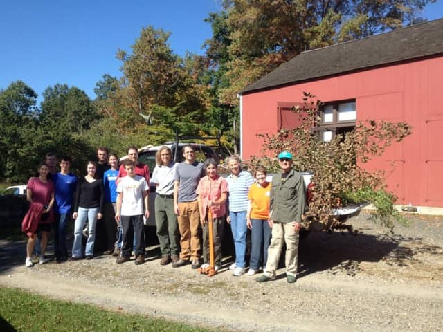 Volunteers from last year's National Public Lands Day celebration and plant pull