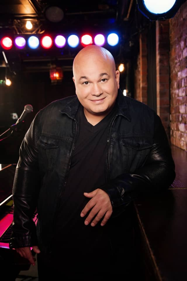 Robert Kelly will perform at the Ridgefield Playhouse on Oct. 23.