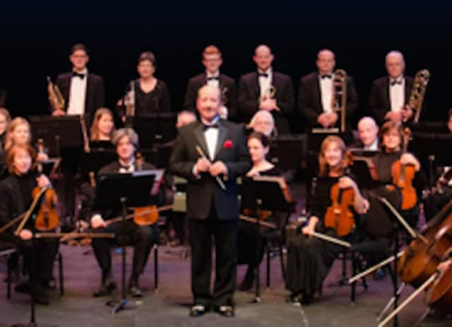 Bergen Sinfonia will play seasonal standards as part of its annual holiday concert in the Anna Maria Ciccone Theatre at Bergen Community College.