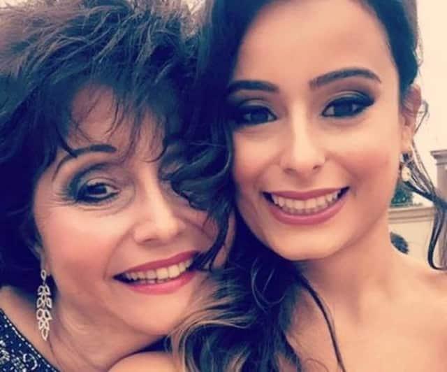Sandi Santangelo of Park Ridge is pictured with her daughter Alyssa.