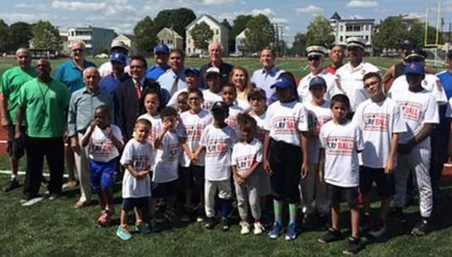 Bridgeport Mayor Bill Finch and members of the Play Ball program.