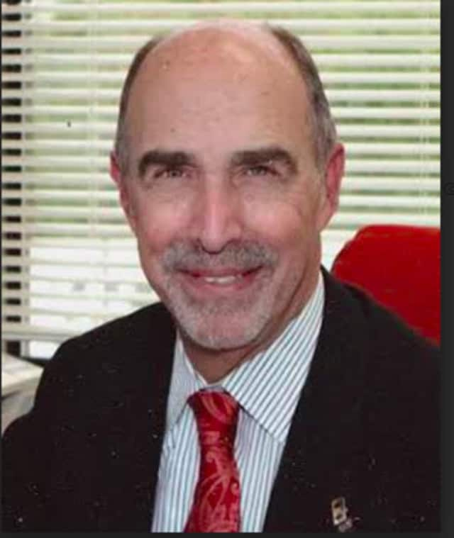 Dr. Avraham Merav, of Phelps Memorial Hospital's Westchester Lung Nodule Center.