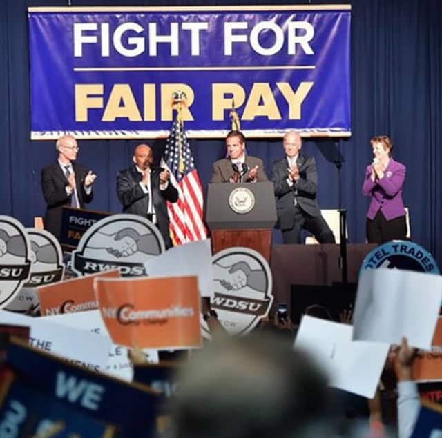 Gov. Andrew Cuomo joined Vice President Joe Biden at a rally to call for a $15 an hour minimum wage.