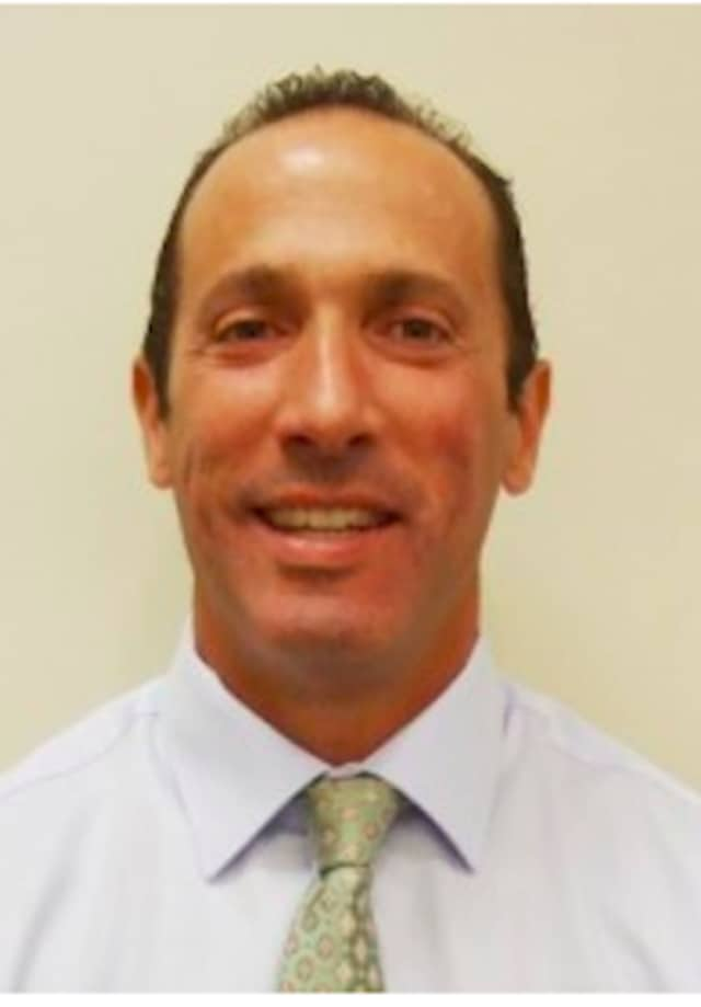 David Stamer, MD, will give a free seminar about robotic surgery at Vassar Brothers on Monday, Oct. 19.