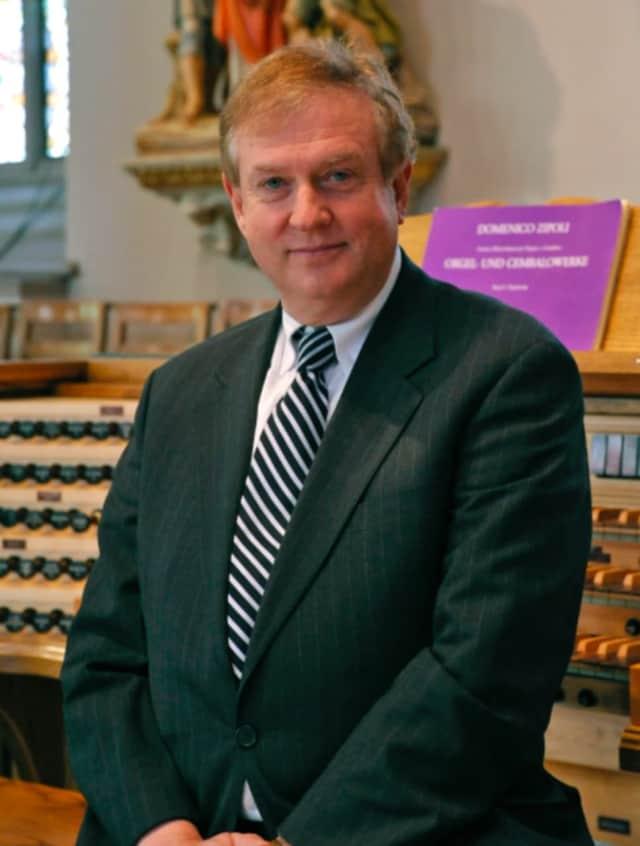 Ariel Rudiakov, Music Director and Conductor of Danbury Symphony Orchestra