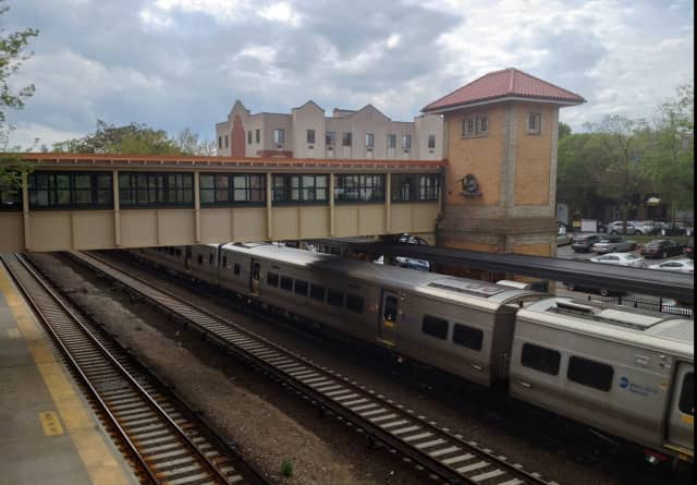 """Metro-North will add """"quiet cars"""" to weekday trains going in and out of New York City."""