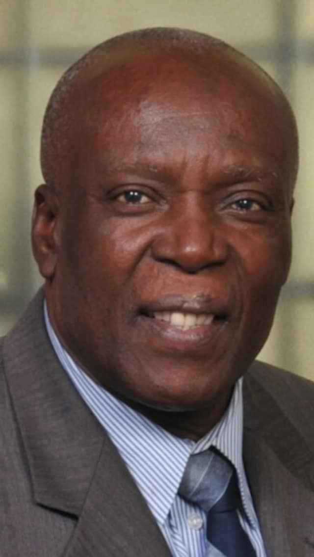 Mayor Demeza Delhomme and his disagreements with the board are affecting some employees.