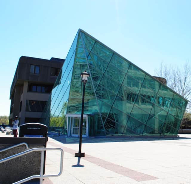 Police reported on Thursday that two SUNY New Paltz students reported being sexually assaulted. Police suspect a non-student between the ages of 18 and 21 committed the assaults.