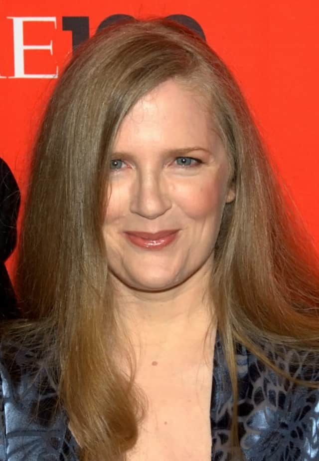 'Hunger Games' author Suzanne Collins lives in Newtown, sends a Facebook thank-you to her film crew as the final movie in the series opens on Friday, Nov. 20.