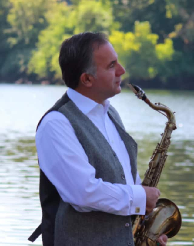 Chris Coulter and the Blue River Jazz Band will perform on Friday, Dec. 4, at 8 p.m. in the sanctuary of the Unitarian Universalist Congregation, 20 Forest St.