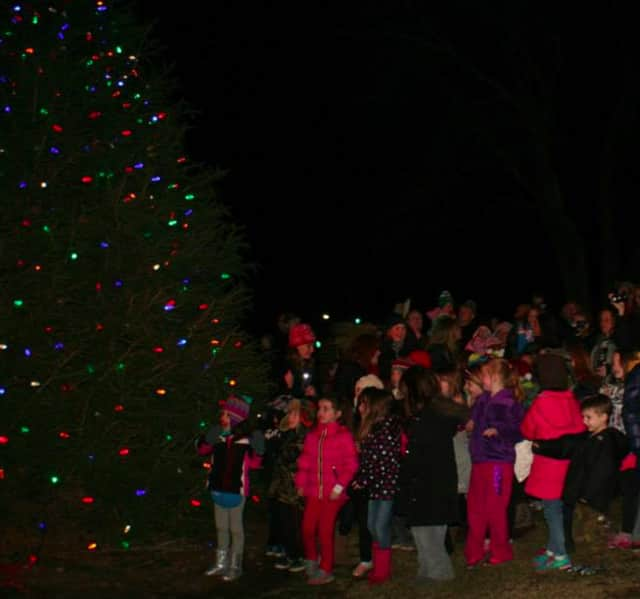 Oakland residents can ring in the holidays with a Christmas tree and Menorah lighting at Valley Middle School.
