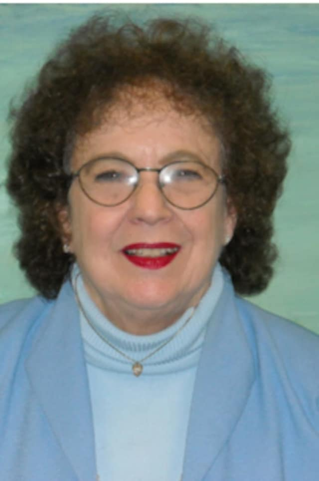 Jeanne Franklin of Stamford died Nov. 22 at home. Franklin was well known for her work with seniors and the mentally ill.