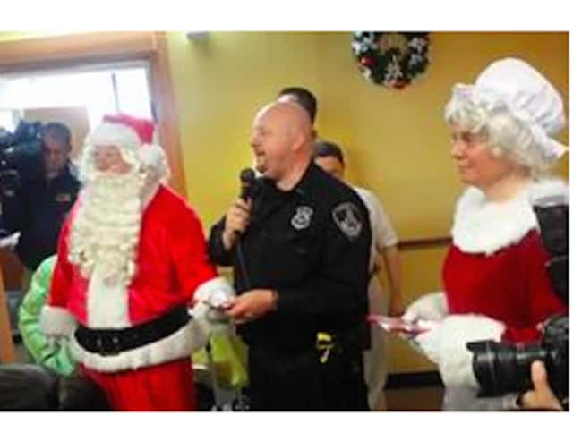 The Stamford Police Association recently co-hosted a holiday party for developmentally disabled adults.
