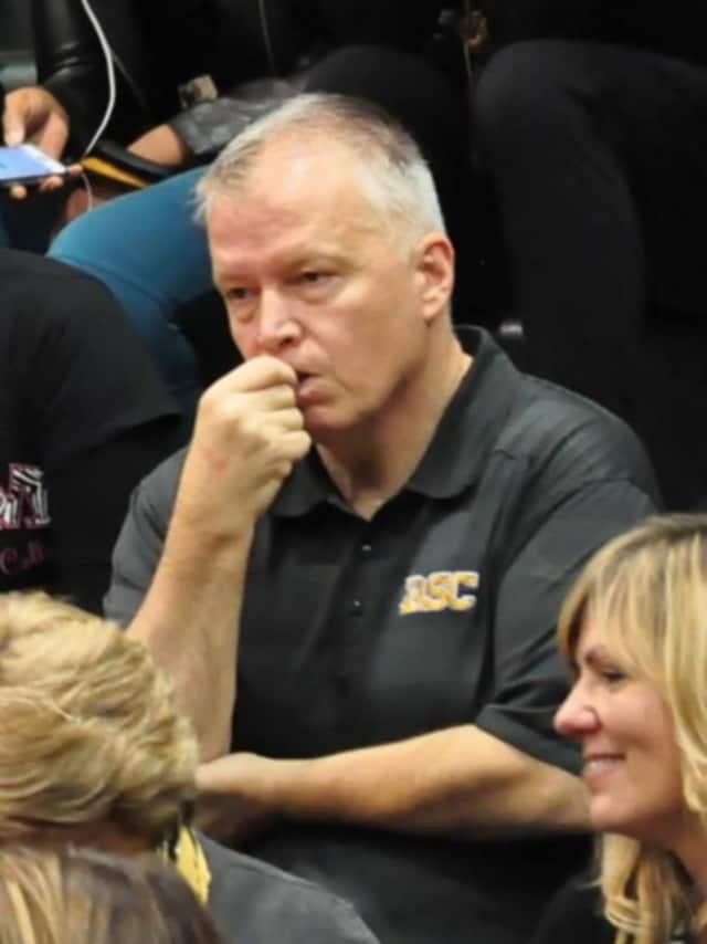 Croton-Harmon HS varsity boys basketball coach Bill Thom is a Cold Spring resident.