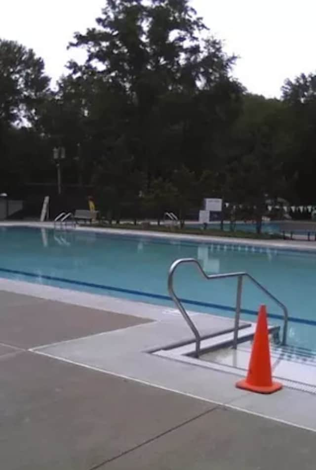 Pound Ridge is offering early bird rates for summer pool passes.