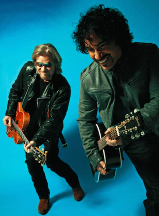 Rock & Roll Hall of Fame inductees Daryl Hall & John Oates will headline the Greenwich Town Party.