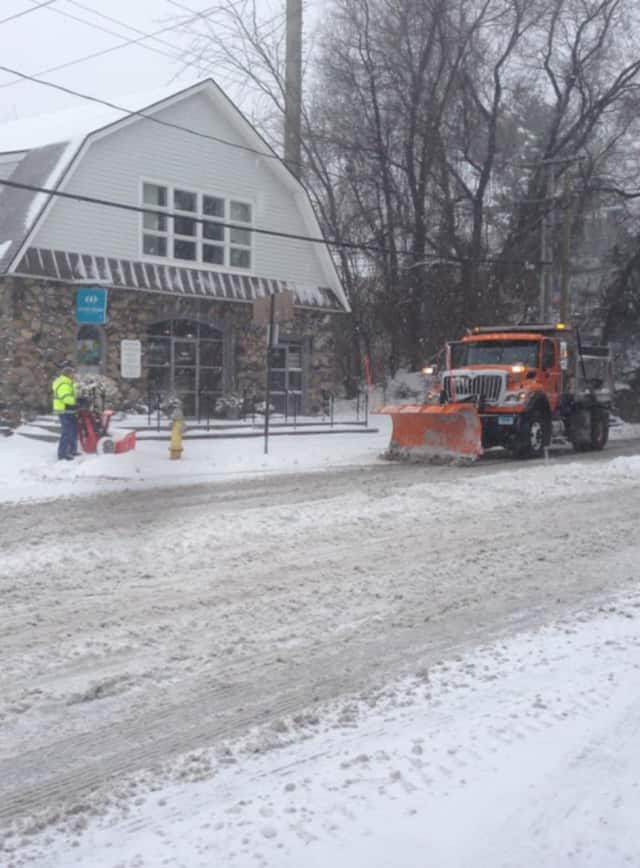 Rockland County police departments are asking residents to remove all vehicles from the roadway to allow for plowing.