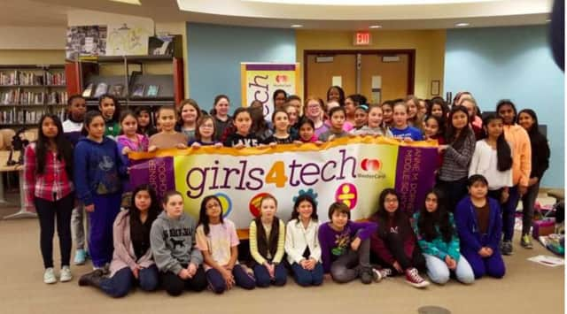 Sixth-grade girls from Ossining had the opportunity to participate in MasterCard's Girls4Tech program during their technology class.