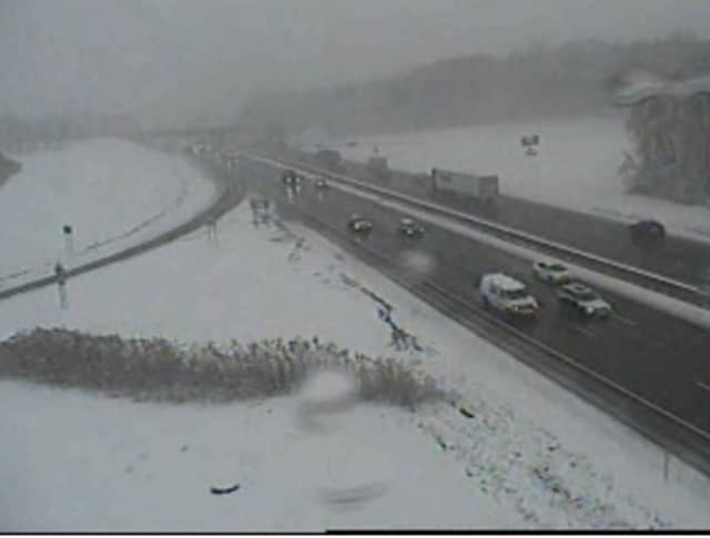 A look at conditions on I-87 at the Palisades Interstate Parkway interchange.