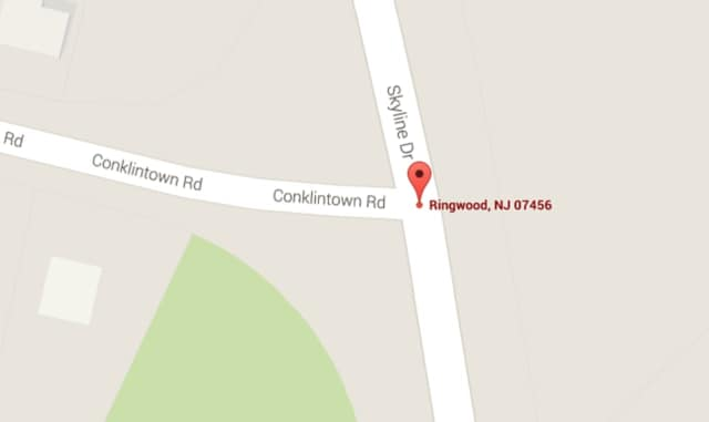 Conklintown Road and Skyline Drive -- site of the crash.