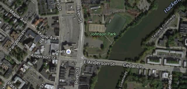 Anderson Bridge in Teaneck in closed for repairs in one direction.