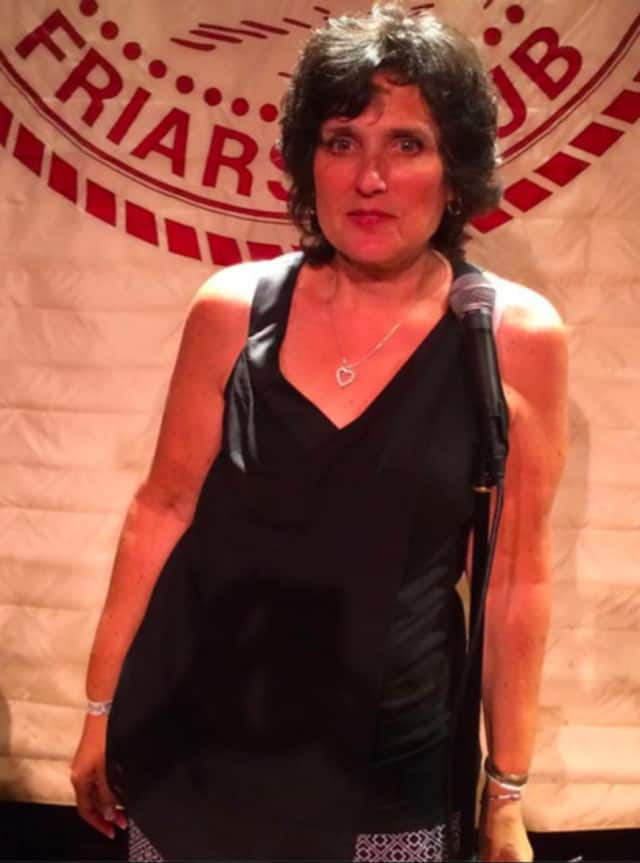 Robin Fox will perform stand up comedy in Park Ridge.