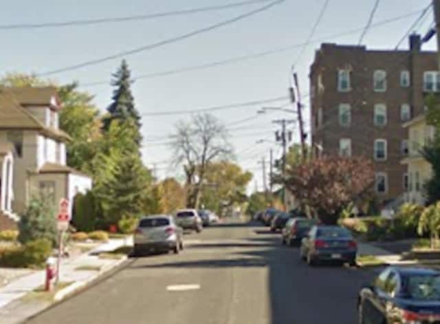 New idling and parking rules are set to take effect on Lawton Avenue in Cliffside Park after residents brought their complaints to the latest council meeting.