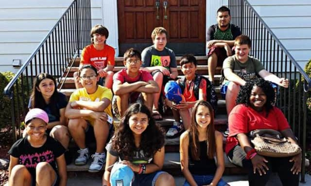 Join the Breakaway Youth Group at Fair Lawn Bible Church.
