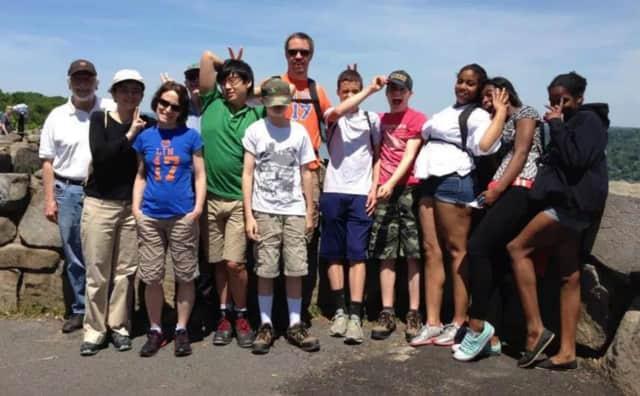 Leonia United Methodist Church is organizing a day hike to Tallman Mountain.