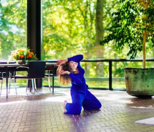 New Canaan's Glass House Hosts Ivy Baldwin Dance