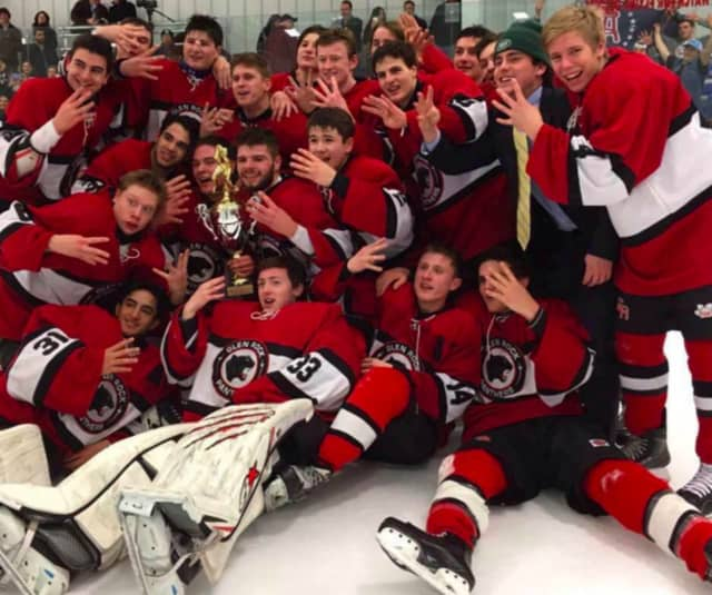 The Glen Rock boys hockey team will face Ramsey in the state finals Monday night in Newark.