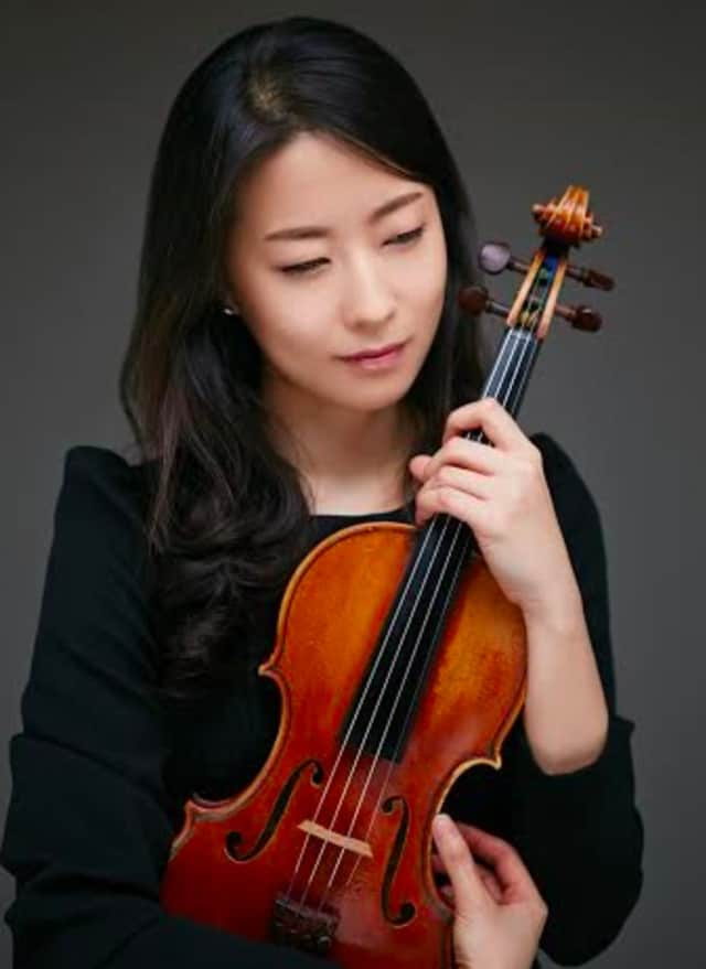 Violinist Ye-jin Han will perform with the Bergen Symphony Orchestra at the concert of works by Schumann, Bruch, and Dvořák on Saturday, April 16 at the First Presbyterian Church of Englewood at 7:30pm
